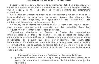 Quelques désespérés préconisent manifester en France