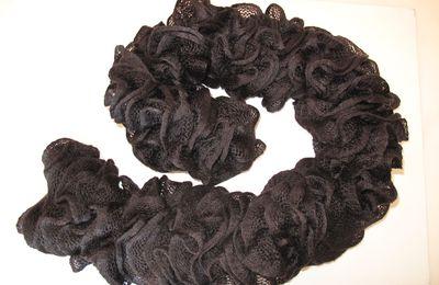 Echarpe volutes noire