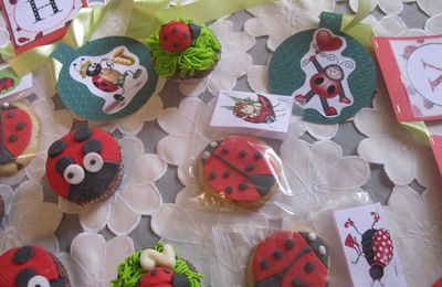Coccinelle ma belle - Cupcakes et cookies