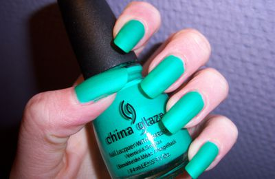 Vernis China Glaze Turned Up Turquoise et agréable surprise !