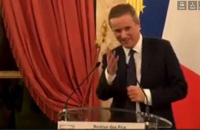 Nicolas Dupont-Aignan, meilleur député de France