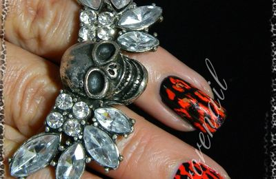 Nail patch leopard rouge