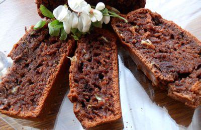 Gâteau au chocolat et fleurs d'acacia
