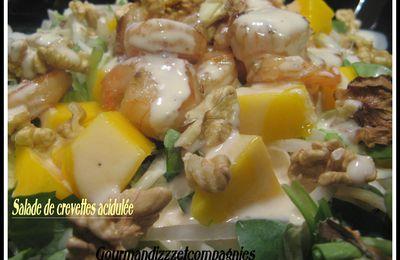 Salade de crevettes acidulée.