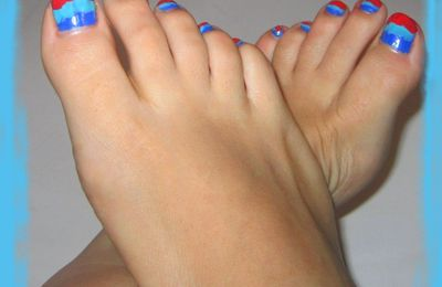 Popping-Feet nail art