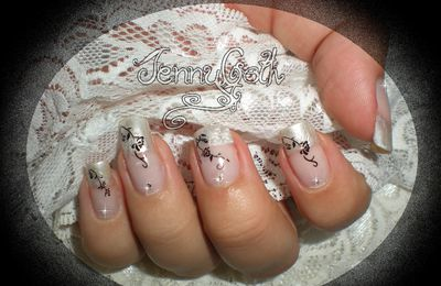 "Nail art ""light french"""