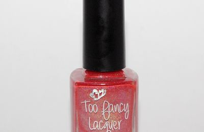 Swatch Holly - Too Fancy Lacquer et sa déco