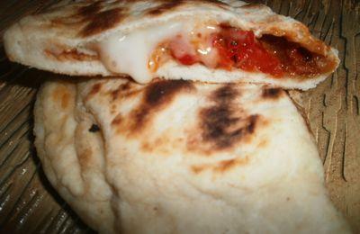 Naans chorizo, tomates mozza