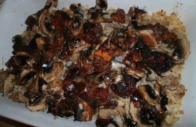 Gratin de coquillettes aux champignons, chorizo, rôti de porc et mozzarella