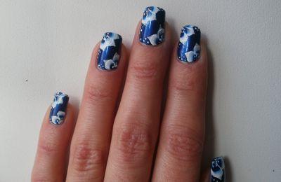 one strocke encore bleu!!!