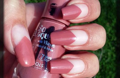 Bourjois Beige Glamour et sa french