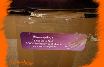 la box halloween de chez vernisongles !!!