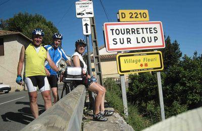 Vacances vélo 2010 : Nous sommes à Tourrettes Sur Loup (06) !