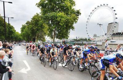 Prudential RideLondon 2014 (2^ ed.). Il 10 agosto attesi a Londra 24.000 cicloamatori per una Granfondo da Londra al Surrey e ritorno