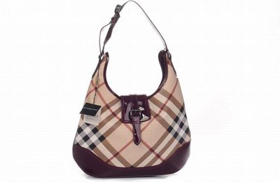 burnerry outlet 3ht8  It Is Really A Good Chance For People To Buy Burberry Purses In Burberry  Outlet Store
