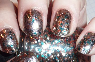 OPI Skyfall The living daylights