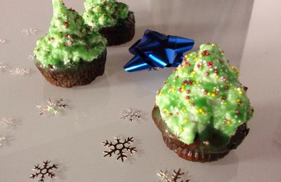 Christmas High Hat Cupcakes