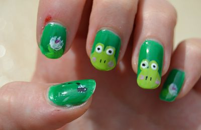 Nail art grenouille & nénuphars