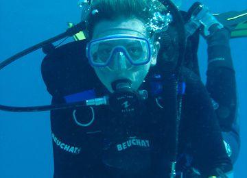 10 ans, 1 mois, 2 semaines, -42 m et 227 plongées plus tard…
