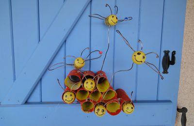 La ruche et ses abeilles!!!!!!!
