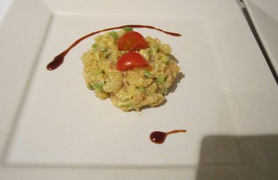 Tartare avocat, crabe et pamplemousse chinois