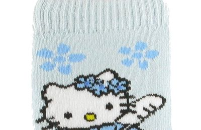 Concours : Chaussettes Hello Kitty !