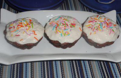 TOUR 70... Cupcakes chocolat glaçage coco