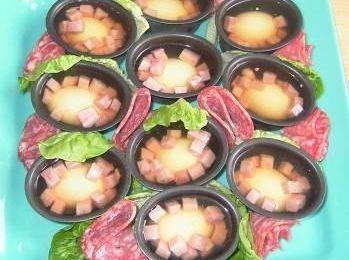 Petits aspics jambon - oeufs - cornichons