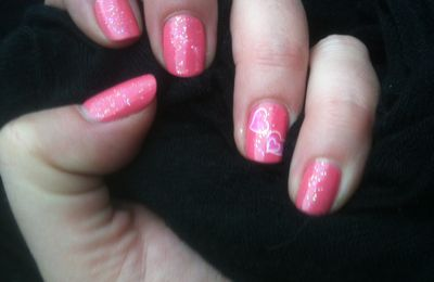 Nail Art Girly Rosée