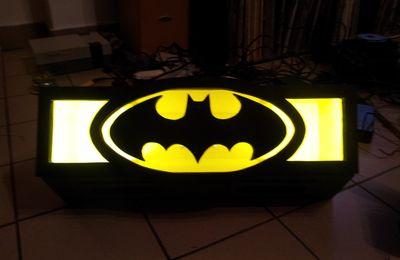 -4- Le Batsignal !