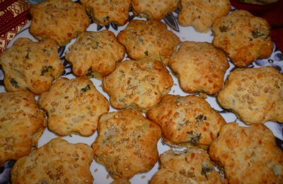 Scones (fromage, carotte, oignons, persil)