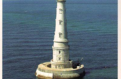 Au pied de mon phare, je vivais heureuse...