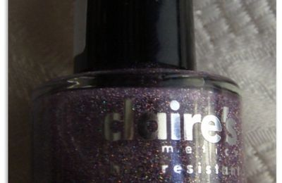 Claire's top coat holo violet