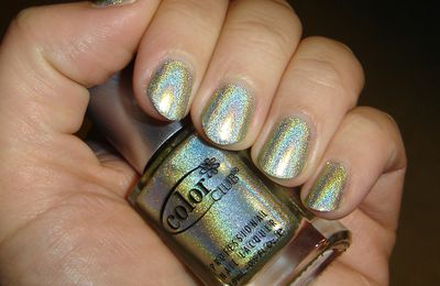 Kismet by Colors Club chez Adnails