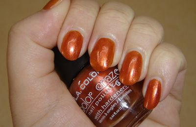 Fiery Orange de L.A Colors + déco liners ArtClub