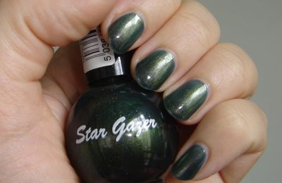 Star Gazer 174 chez Vernis-box