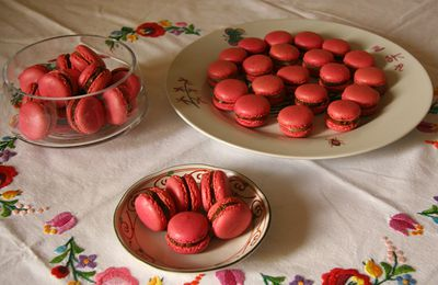 "Macarons roses pour ""Octobre Rose"""