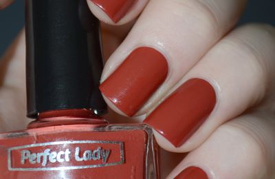 "Perfect lady ""African Dream"" et Essie ""Navigate her"""