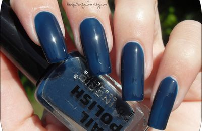 Vernis : Nail polish by Ingrid n°410 (Belle Créature)