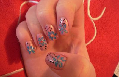 Nail Artiste du week-end : Anaïs 06/05/2012