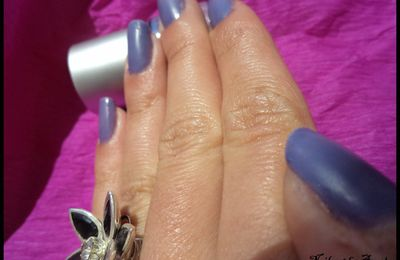 Magic Blue/Purple Color Changing Mood Nail Polish + code promo :-)