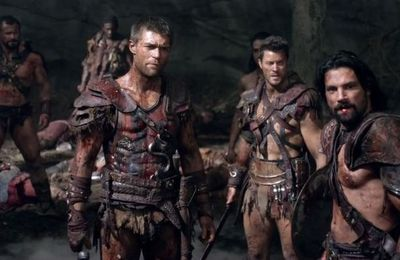 Capítulo 3x08 de Spartacus: War of the Damned - 'Separate Paths'