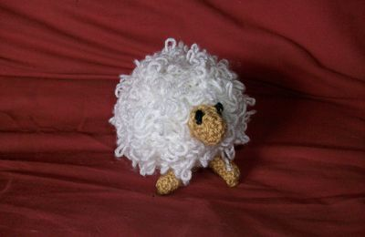 Knitted sheep pattern