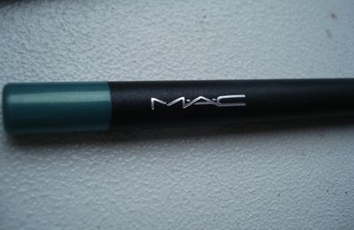 MAC so there Jade