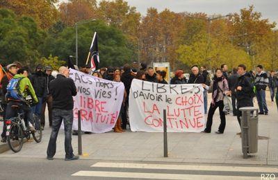 """Manif' contre les """"anti avortement"""" Lyon le 19 nov 2011"""