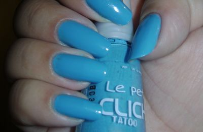 Premier swatch et accident de nail art!
