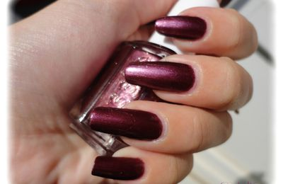 Vernis Essie 43 - It's Genius