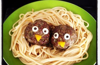 Mes petits nids de spaguetti et leurs oiseaux... on cuisine avec nos enfants !