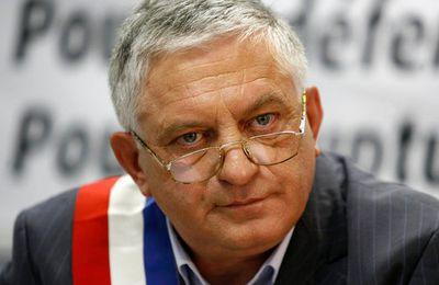 """Schivardi: """"Un président ça ne sert à rien"""" (Var Matin, 08.02.2012)"""