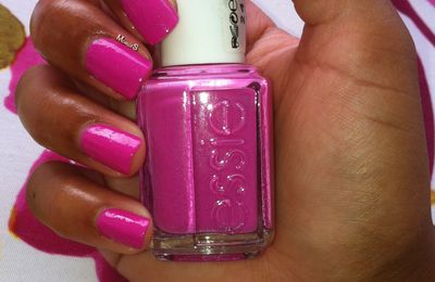 Swatch Essie Madison Ave-Hue